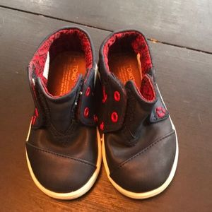 Toddler Toms shoes